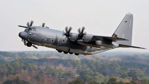 Πρώτη πτήση ενός MC-130J Commando II, του πρώτου που θα μετατραπεί σε AC-130J