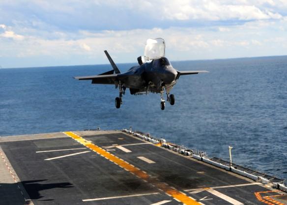 Από δοκιμή στο USS WASP(Πηγή blog.aopa.org)