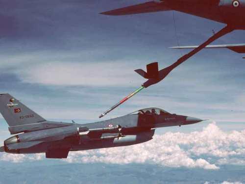 Λογω της ύπαρξης  ιπτάμενων τάνκερ τα Τουρκικά Μαχητικά θα ασκούν ασφυκτική πίεση στα νησιά του Ανατολικού Αιγαίου