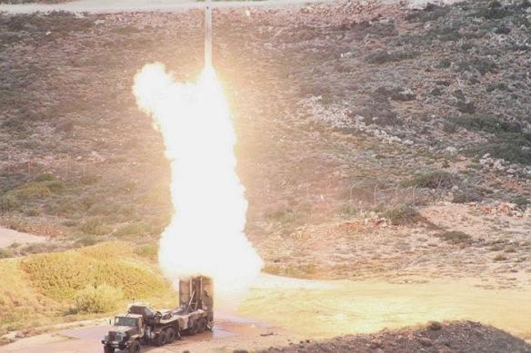 Στρατιωτικοί ακόλουθοι και αξιωματούχοι από 22 χώρες παρακολούθησαν την δοκιμή του πιο επίφοβου αντιαεροπορικού συστήματος στη Ν.Ανατολική Μεσόγειο