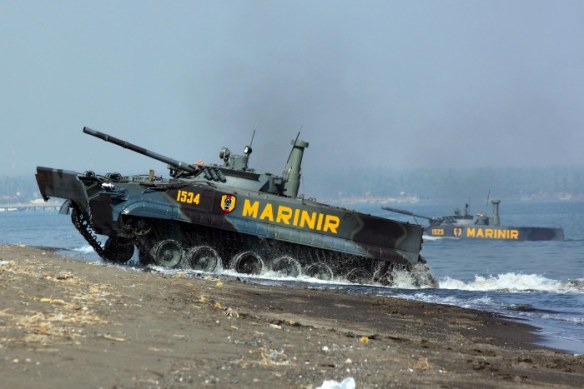 Οι Ινδονήσιοι Πεζοναύτες επιχειρούν ήδη με 17 αμφίβια ΤΟΜΑ BMP-3F