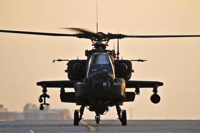 H Ινδονησία αναμένεται να παραλάβει 8 νέα επιθετικά ελικόπτερα Apache συνολικής αξίας 500 εκ $