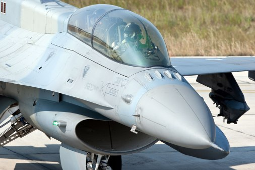 Τα 4 αεροσκάφη μαχητικά αεροσκάφη μέσα σε λίγο χρόνο έφτασαν στην Κύπρο αποκτώντας εναέρια Κυριαρχία πάνω από το νησί