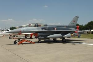 Τουρκικά αεροσκάφη F-16 έλαβαν το βάπτισμα του πυρός τις πρώινές ώρες του Σαββάτου κατά Κουρδικών Στόχων